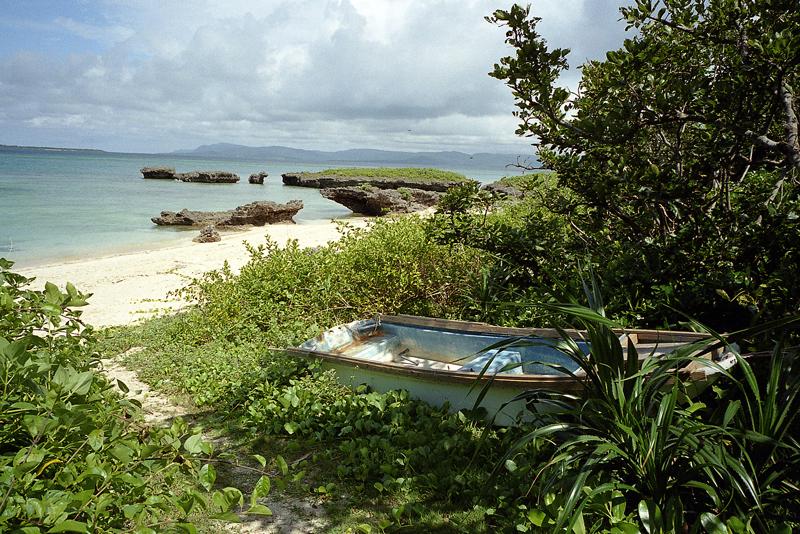 昼下がりの黒島の浜辺